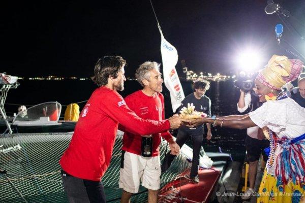 [Primeiros Velejadores da Regata Transat Jacques Vabre desembarcaram no Porto Salvador Marina]