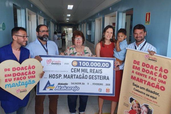 [ Martagão recebe R$ 100 mil de doação da campanha Troco Solidário do Atakadão Atakarejo]