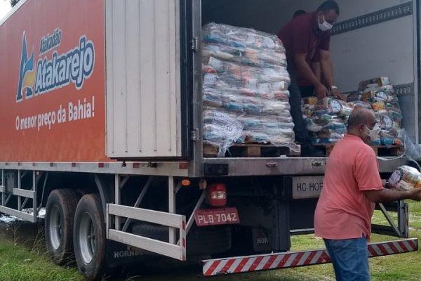 [Coronavírus: Atakarejo realizou distribuições de 10 mil cestas básicas em Salvador, Alagoinhas e Feira de Santana ]