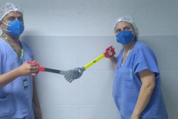 [Dia do Abraço: Instituto realiza ação para profissionais de saúde em Salvador]