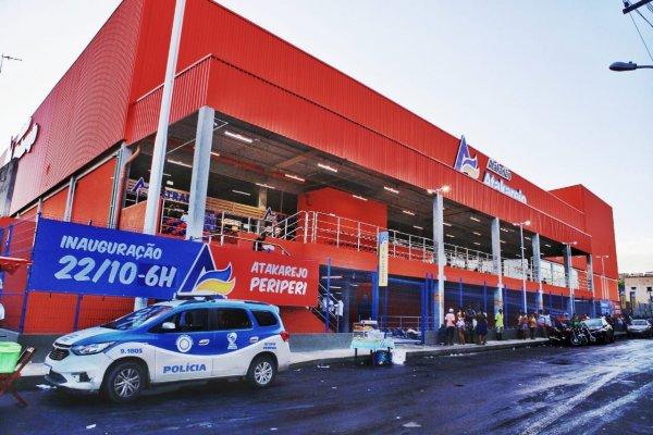 [Atakadão Atakarejo inaugura nova loja em Salvador e gera mais de 400 empregos]