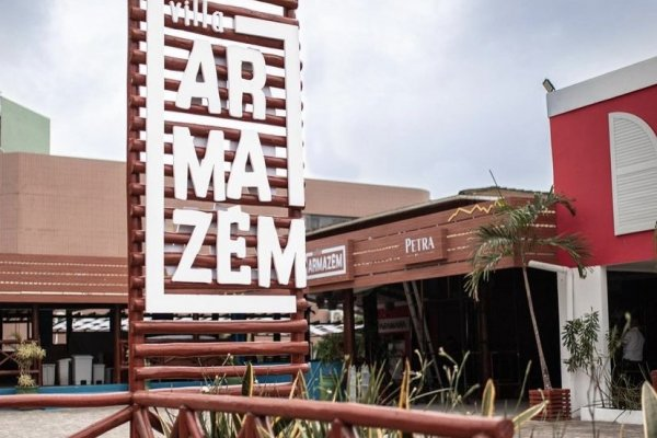 Após sucesso na inauguração, Villa Armazém recebe show neste final de semana
